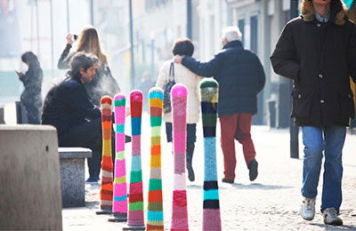 yarn-bombing-public-spaces-5